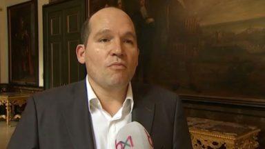 Jan Jambon et Philippe Close veulent améliorer le déploiement des policiers à Bruxelles