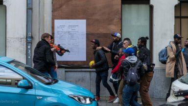Molenbeek: la Voix des sans-papiers négocient pour occuper des bâtiments