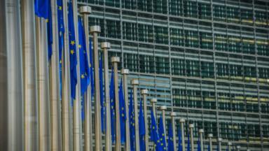 Les fonctionnaires européens invités à rester chez eux