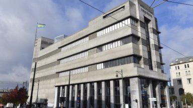 Le Musée de la Photographie de Charleroi opposé au Musée de la Photographie de Bruxelles