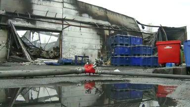 Incendie de l'usine Milcamps à Forest : les dégâts sont colossaux