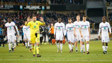 Le RSC Anderlecht s'excuse après sa lourde défaite contre le FC Bruges (5-0)