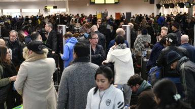 Retour à la normale à Brussels Airport, 50 personnes ont encore passé la nuit à l'aéroport