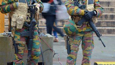 """La """"réserve entraînée"""" de l'armée fait ses premiers pas dans les rues de Bruxelles"""