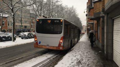 Neige : le trafic bus reprend sur la majorité des lignes de la Stib