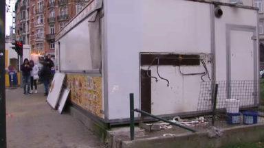 La friterie Fontainas a été démontée ce jeudi matin