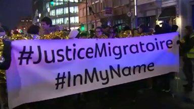 """Plus de 2.500 personnes ont manifesté pour une """"meilleure justice migratoire"""""""