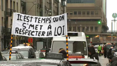 """Manifestation des taxis : """"C'est le premier coup d'une longue série d'actions"""""""