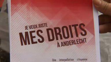 """Anderlecht : des citoyens protestent contre les procédures de naturalisation """"trop strictes"""""""