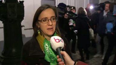 """Le gouvernement fédéral a rencontré la direction de Carrefour et les syndicats : """"C'est de l'hypocrisie"""""""