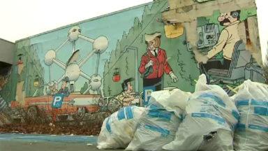 La fresque murale Kiekeboe à Laeken tombe en morceau