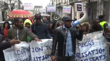 Molenbeek : les 90 personnes de la Voix des Sans-Papiers pourront rester dans leur bâtiment jusqu'au printemps