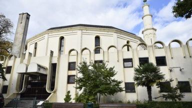 Grande mosquée de Bruxelles : Dewael écrit à Close pour savoir s'il compte fermer les lieux
