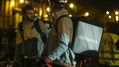 Deliveroom: le nouveau service de livraison à la demande de Deliveroo directement dans les hôtels