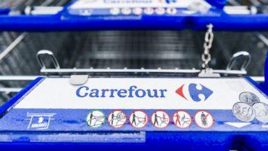 Carrefour: 950 emplois supprimés au lieu de 1.233