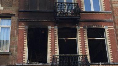 Laeken : une personne blessée suite à un incendie sur la place Saint-Lambert