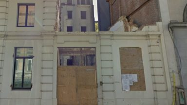 Bruxelles : le chantier de démolition du 63 de la rue Ducale au point mort, la Ville s'en offusque