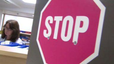 Les patients atteints d'une grippe sans complication sont priés de ne pas venir à l'hôpital
