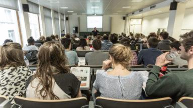 Canicule : la société Regus ouvre ses centres, dont plusieurs à Bruxelles, aux étudiants