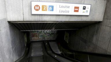 """Grève à la Stib: """"On attend des navettes qui n'arrivent pas"""", déplorent certains voyageurs"""