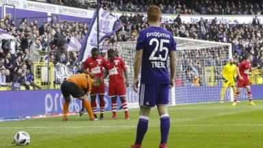 RSC Anderlecht : Trebel risque trois matches de suspension, Dendoncker ne sera pas suspendu