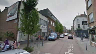 Jette : un ancien garage a pris feu près de l'école Saint-Michel, le feu est maîtrisé