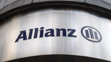 Action syndicale devant le siège social de l'assureur Allianz à Bruxelles