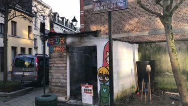 """La Give Box de Berchem-Sainte-Agathe incendiée pour la 5e fois : """"On ne sait pas si on doit continuer ou arrêter"""""""