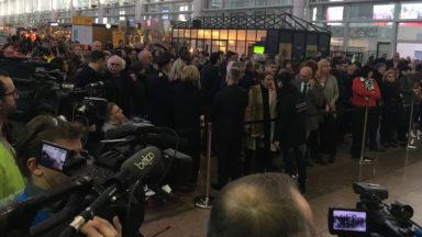 """Commémoration du 22-Mars: les proches """"hallucinés"""" par une minute de silence """"maladroite"""" à Brussels Airport"""
