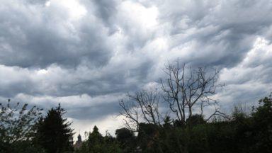 Météo : les nuages font leur retour avec un risque d'orages pour la fin de la semaine