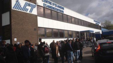 Les centres bruxellois d'examen pour le permis de conduire sont pris d'assaut avant l'instauration des nouvelles règles