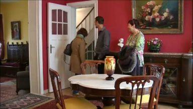 Des collecteurs ouvrent les portes de leur maison transformée en véritable musée à Berchem-Sainte-Agathe