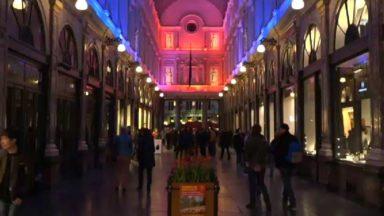 Les notes de Lost frequencies et de la Rhapsodie de Liszt dans le nouveau spectacle de lumière des galeries Saint-Hubert
