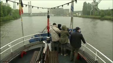 La saison est lancée, le Waterbus revient et vous fait découvrir l'histoire des rives du canal