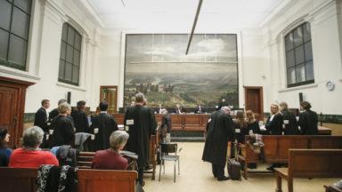 Tribunal correctionnel : des peines de travail requises pour la majorité des prévenus d'un groupe d'anarchistes