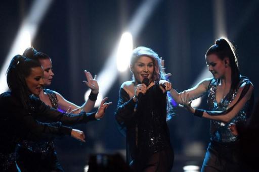 Le Jura derrière le duo français Madame Monsieur — Eurovision