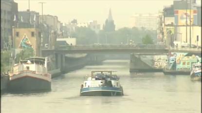 Se baigner dans le canal de Bruxelles, une mauvaise idée interdite et dangereuse - BX1