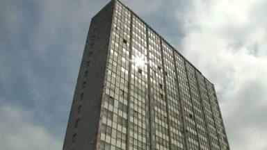 Les ascenseurs du bloc 2 de la Cité Modèle à Laeken ont été vandalisés
