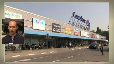 Les hypermarchés Carrefour débrayent les uns après les autres : Berchem, Auderghem et Evere touchés