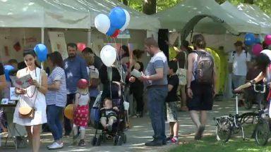 Sous le soleil, près de 100.000 personnes se sont rassemblées ce week-end pour la Fête de l'Iris