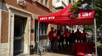 L'UBT-FGTB déjeune devant Deliveroo pour dénoncer les faux indépendants - BX1