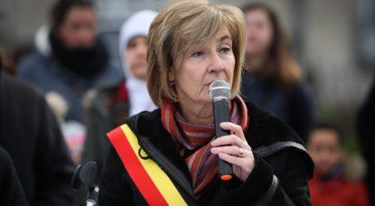 Molenbeek compte porter plainte contre Katie Hopkins pour ses vidéos sur la commune - BX1