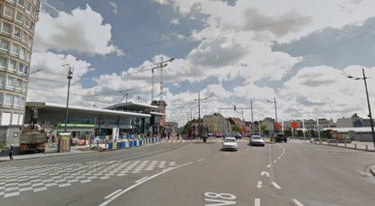 Molenbeek : un container menace la construction d'un bâtiment sur la chaussée de Ninove