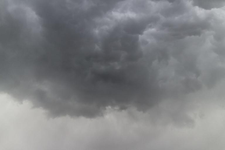 Météo : des nuages menaçants et une lourde chaleur