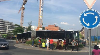 Molenbeek: images impressionnantes après un accident de bus dont les freins ont lâché