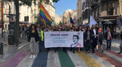 Plus de 300 personnes ont marché dans Bruxelles contre les violences homophobes - BX1