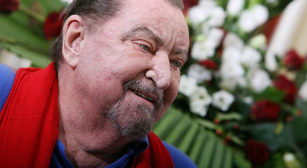 Spectacle hommage au chorégraphe Maurice Béjart à Forest National - BX1