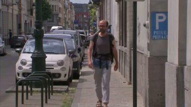 """Pendant un mois, Sebastien De Fooz va marcher dans les rues de Bruxelles pour """"redécouvrir sa ville"""""""