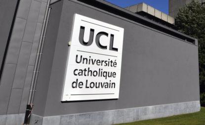 critique à propos de l'invitation de l'UCL et Saint-louis du ministre de la justice hongrois László Trócsányi - BX1