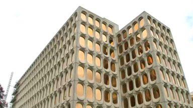 Watermael-Boitsfort : le bâtiment CBR, rénové mais toujours aussi rétro